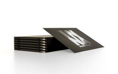 Wizytówki foliowane z opcją lakieru UV lub UV 3D